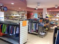 Local comercial Barri Vell 120m2